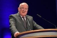 DAV-Vorsitzender Becker fordert Abschaffung von Importquote und Ende des Spardiktats in der Arzneimittelversorgung