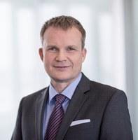 Dr. Jens Baas als Vorstandsvorsitzender wiedergewählt