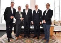 Fünf starke Partner, ein Ziel Digitalisierung: Neue Initiative zur Stärkung der Apotheke vor Ort legt los